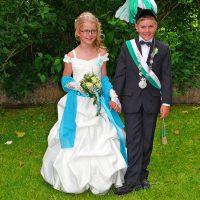 Das Kinderkönigspaar Kai Bobbert und Lilli Rasche